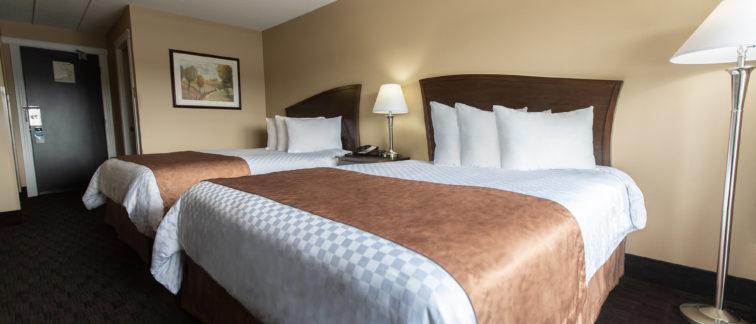 Deer Lake Motel - Comfortable Rooms with Great Amenities