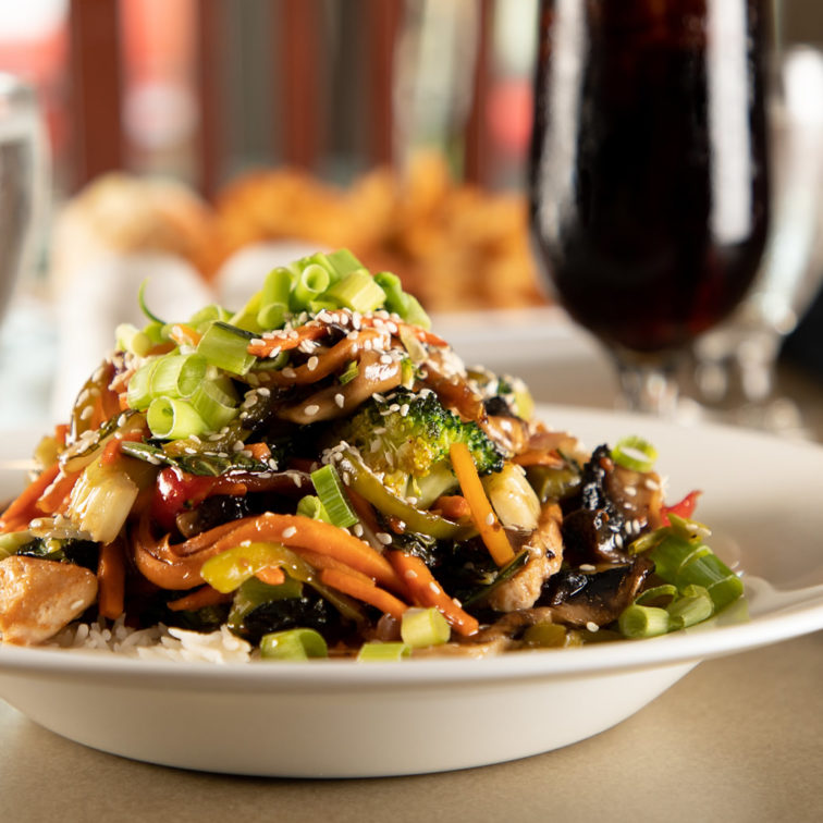 Great Food - Your Table is Here - Deer Lake Motel - Chicken Stir Fry